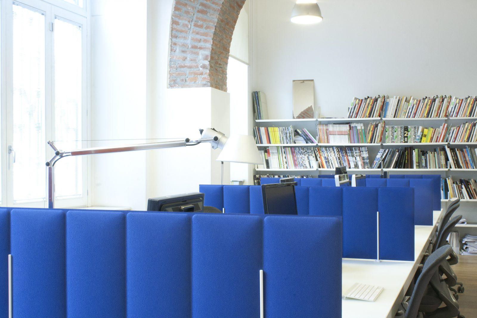 Avenue Interior Systems ECO Desk