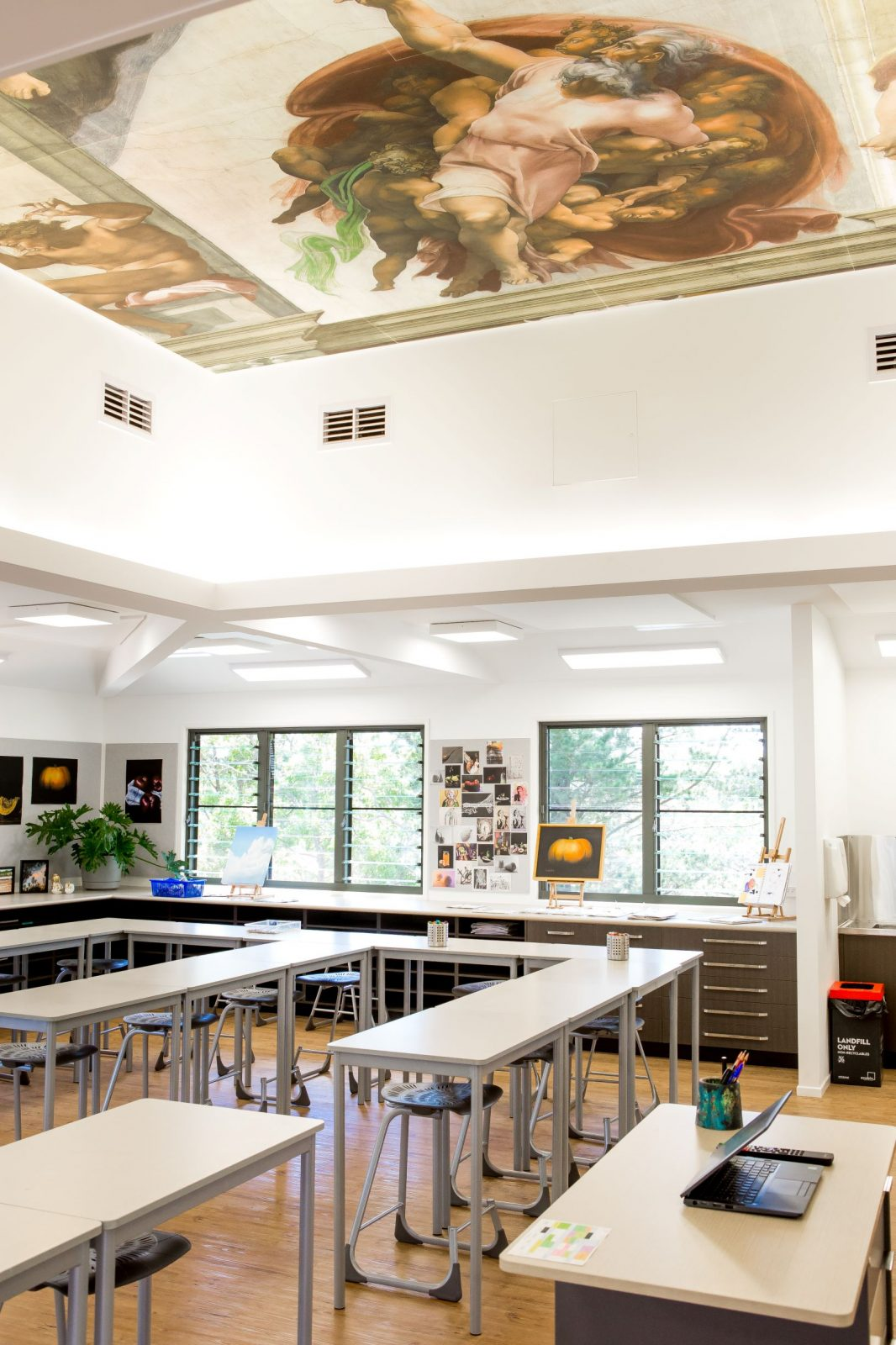 Avenue Interior Systems - Toowoomba Christian College Art Room